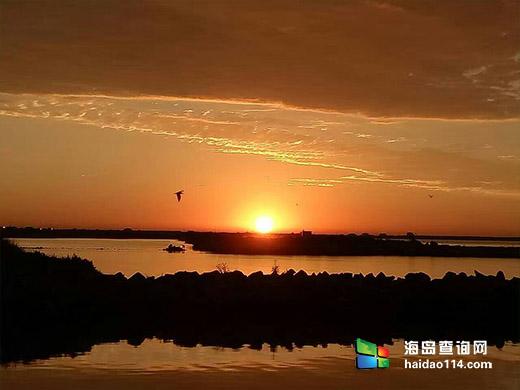 东戴河吕贡港渔家大院